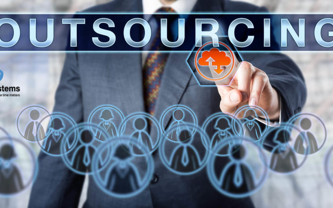 2 things the IT department should outsource – and 2 things you should NOT let go